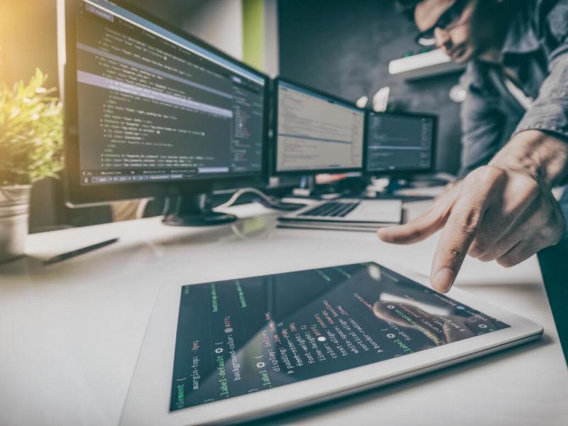 I vantaggi del servizio PaaS per lo sviluppo applicativi verticali